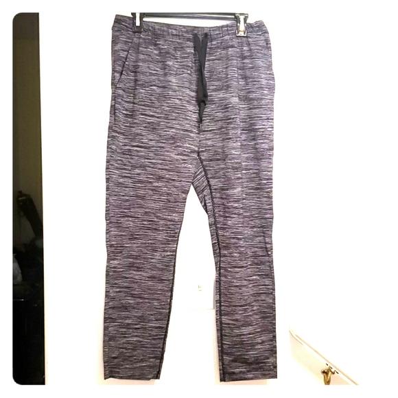 lululemon athletica Pants - Lululemon size 8 workout pants NWOT